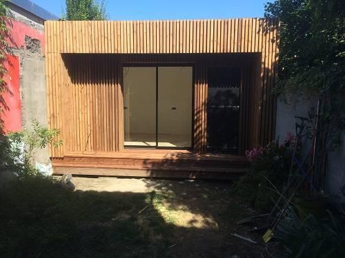 Bureau dans un jardin construction en bois bordeaux abrisips